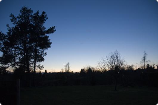Sommerblå himmel