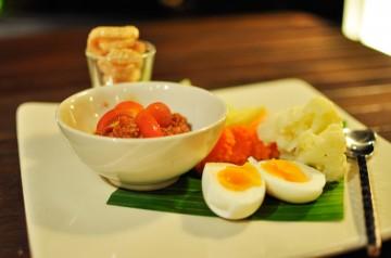 Varm thai salat