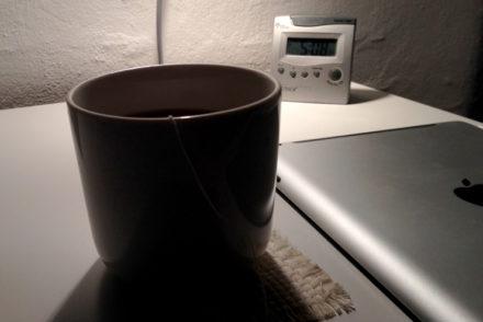 Te på sengen